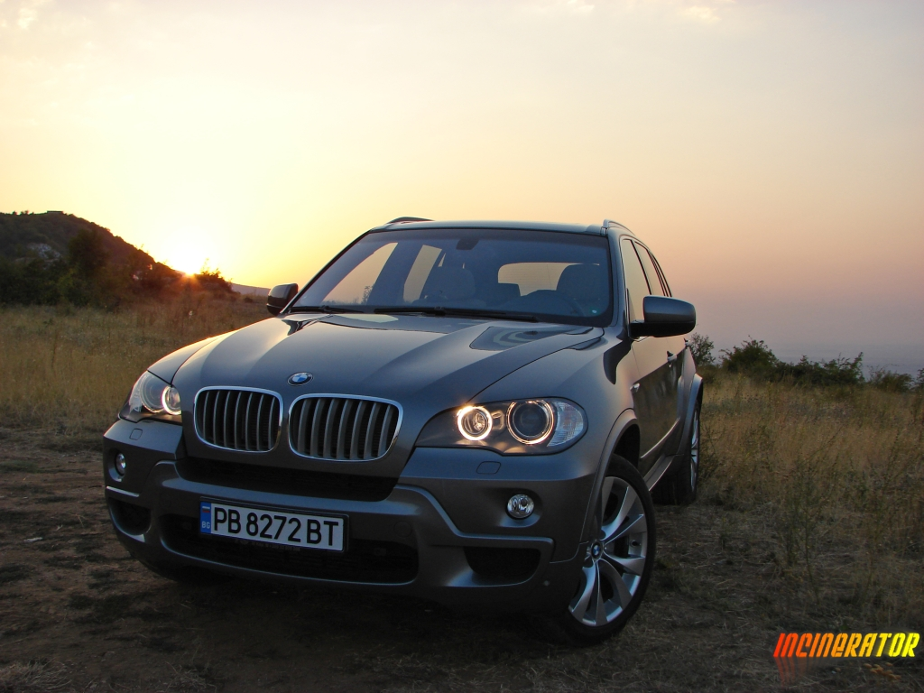 bmw e70 x5 and the sunset. Black Bedroom Furniture Sets. Home Design Ideas